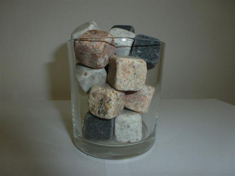 Kamenné chladící ledové kostky 199abe67e2